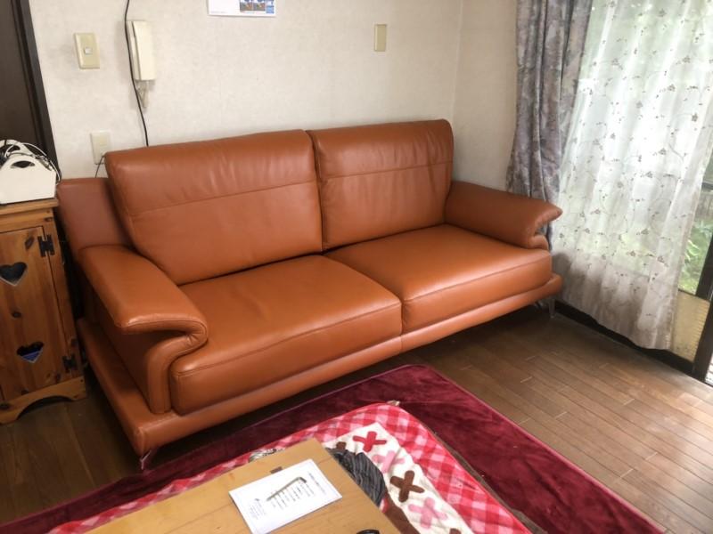 イタリアンレザーのソファー