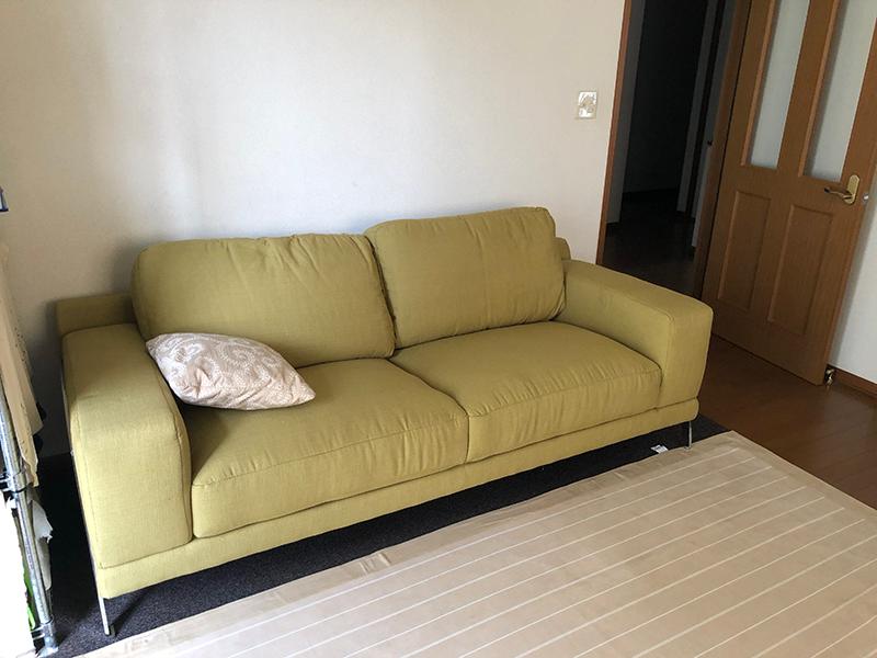 羽毛仕込みのソファー