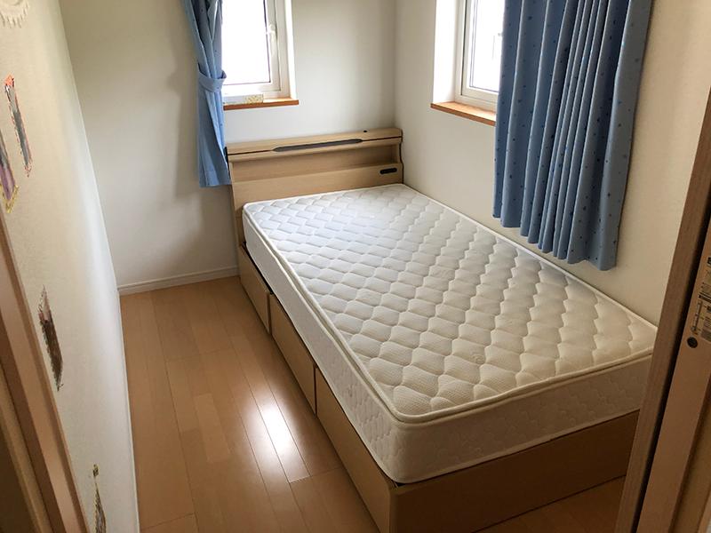 宮付シングルベッド